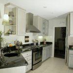 5 caracteristici care fac din granit materialul ideal pentru pardoseala din bucătărie