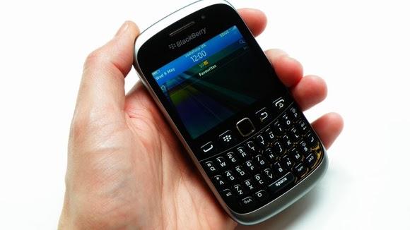 mutarea contactelor din Blackberry