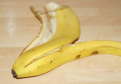 coaja de banana contra acneei