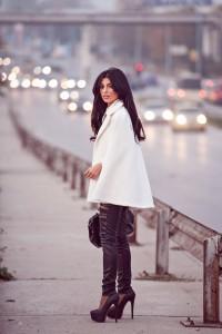 palton pelerina