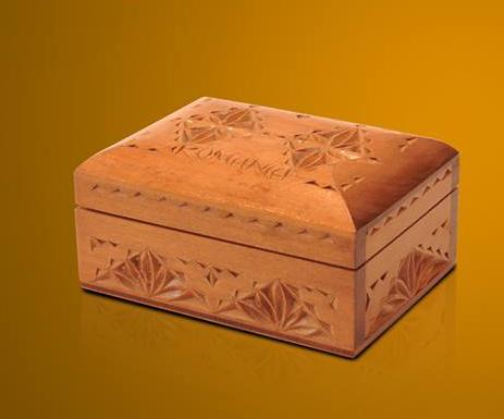 cutie de lemn sculptata