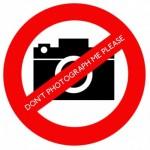 Wikimania_2014_No_photos_name_badge_sticker
