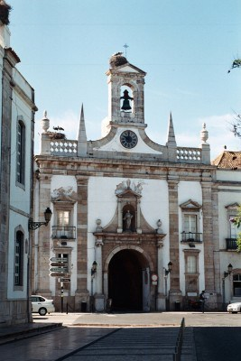 Faro-Arco-da-Vila