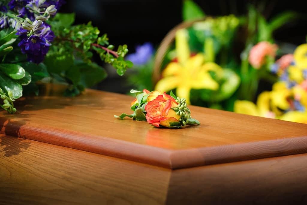 pachet servicii funerare