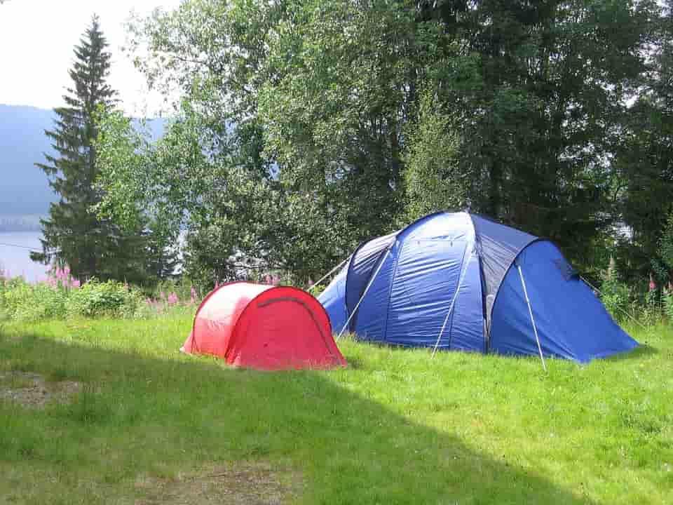 excursie cu cortul