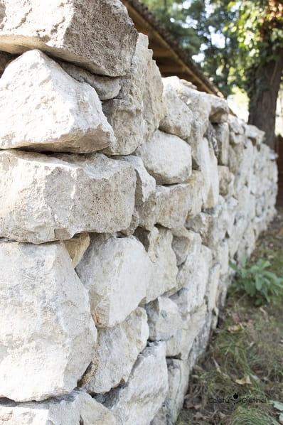gard piatra muzeul satului