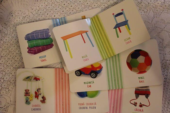 Pachet cărți copii și bebeluși Isteț de mic! Primele cuvinte 0-3 ani română-engleză