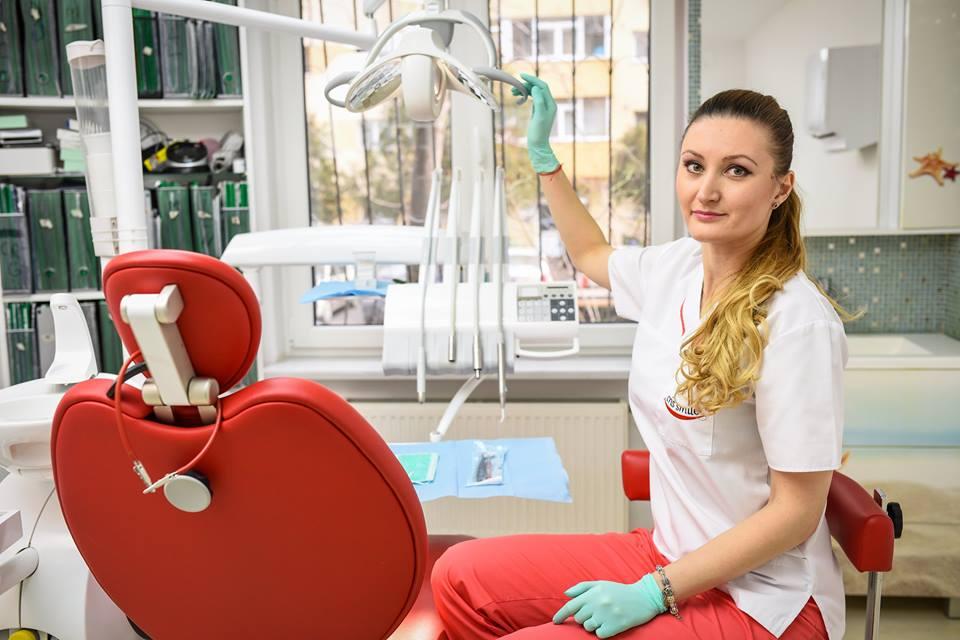 am întrebat dentistul cat costă un implant dentar