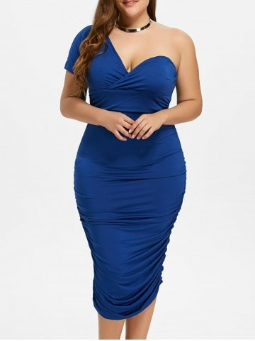 Rochia albastră mulată cu un umăr