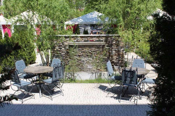 terasa gradină restaurant Casa Brândușa