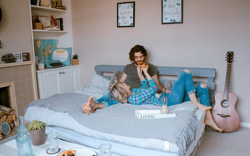 confort și mâncare la domiciliu