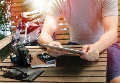 smartphone sau aparat foto pentru poze