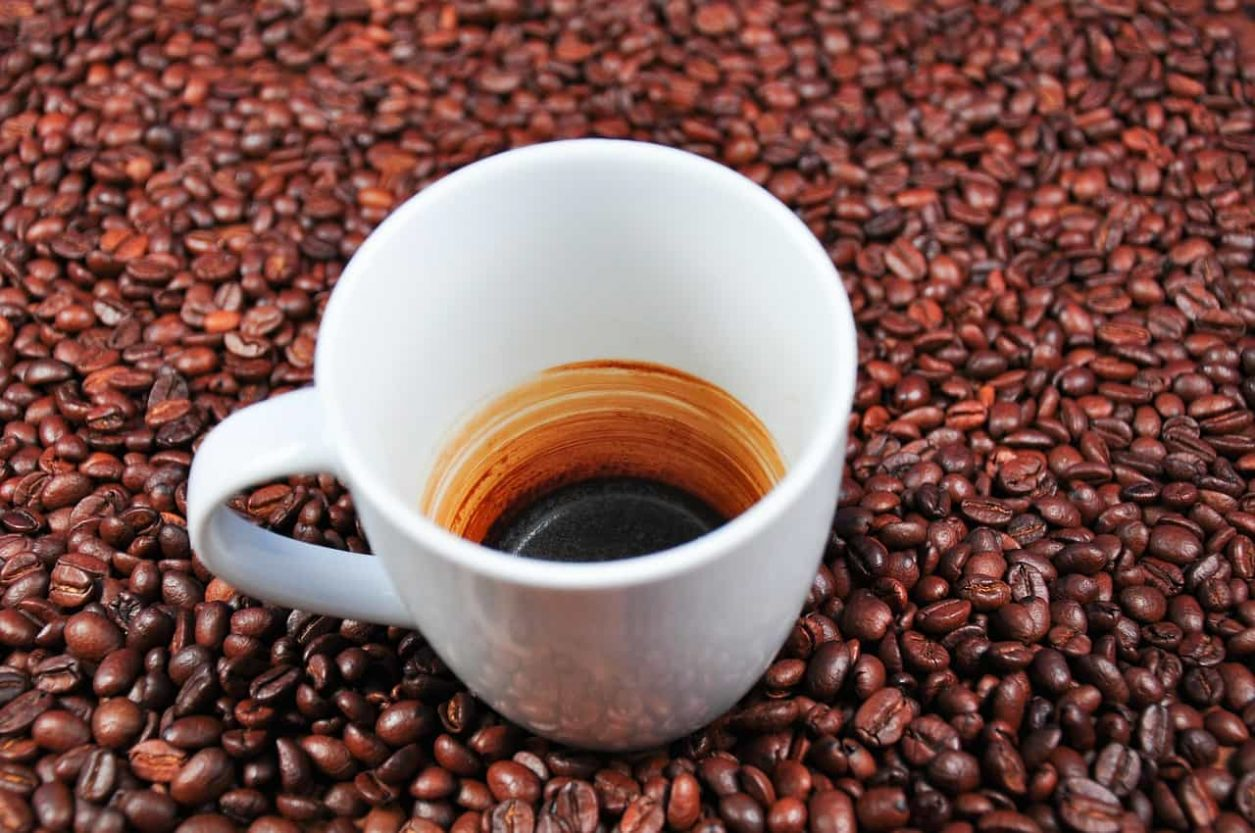 cafeaua-sanatoasa-sau-cancerigena