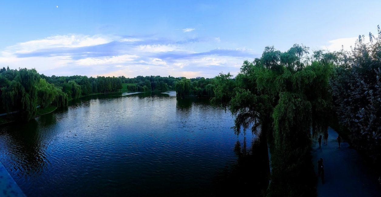 parcul Tineretului imagina panoramica de pe pod