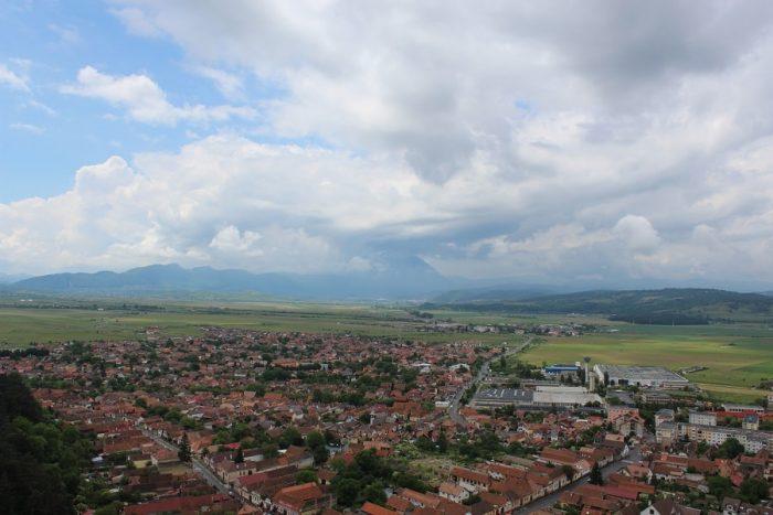 peisaj vedere de sus din cetatea Râșnov