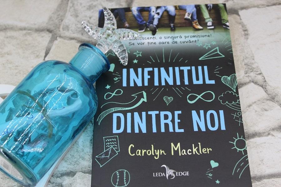 Infinitul dintre noi (Carolyn Mackler)
