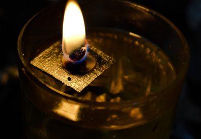 candela cu ulei
