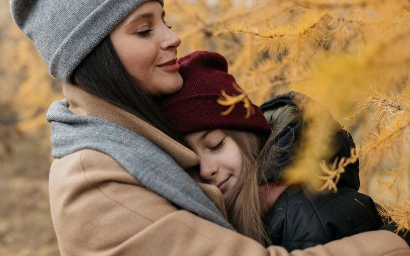 fiica și mama