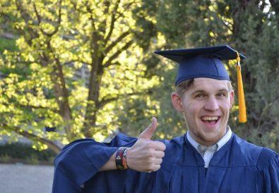student la absolvirea facultății