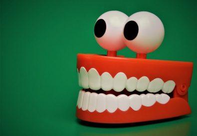 poze haioase cu dinți