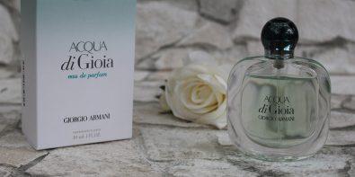 Apa de parfum Acqua di Gioia Armani