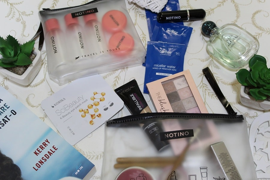 cum protejam cosmeticele în bagaj