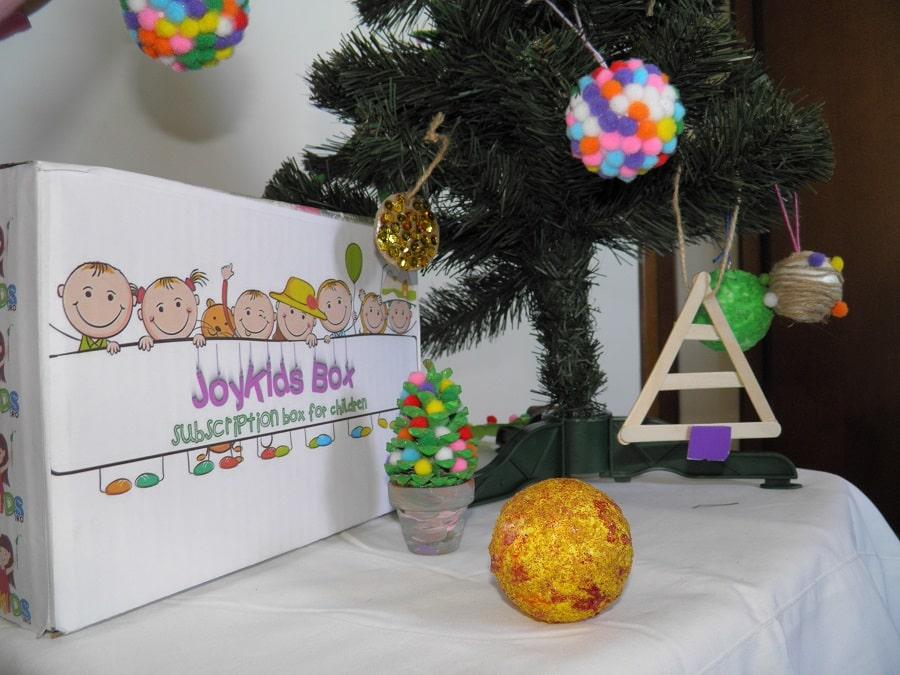 Joy Kids ornamente pentru brad