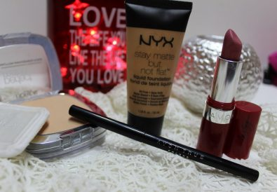 produse machiaj creion ochi avon true color, ruj avon extreme lasting, fond de ten Nyx stay matte bun not flat, pudra Loreal Paris true match