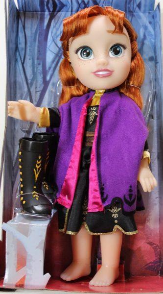 Păpușă Anna Frozen cu rochie de călătorie