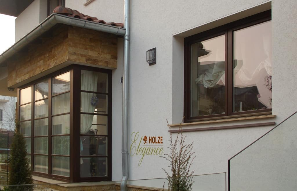 ferestre si uși din lemn stratificat