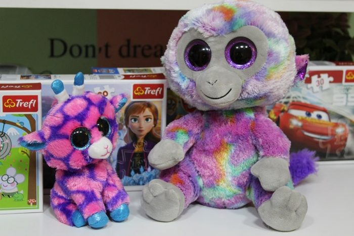 Boos Gilbert Girafa și Boos Maimuțica Multicoloră Keel Toys