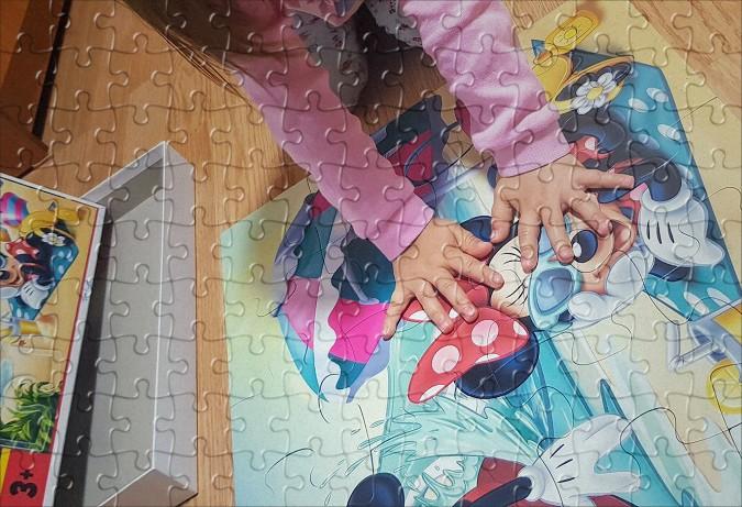 puzzle cu Minnie