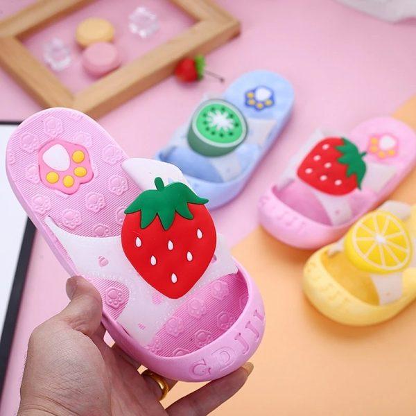 slapi colorati pentru fetite-min