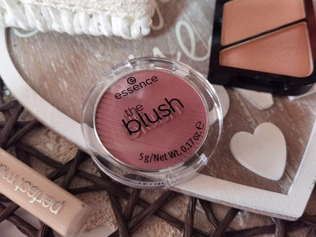 Fard de obraz Essence The Blush