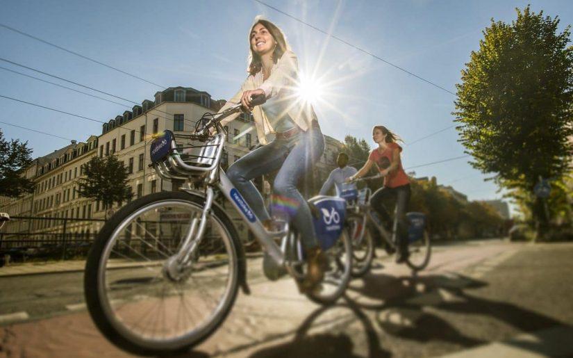 biclist în trafic