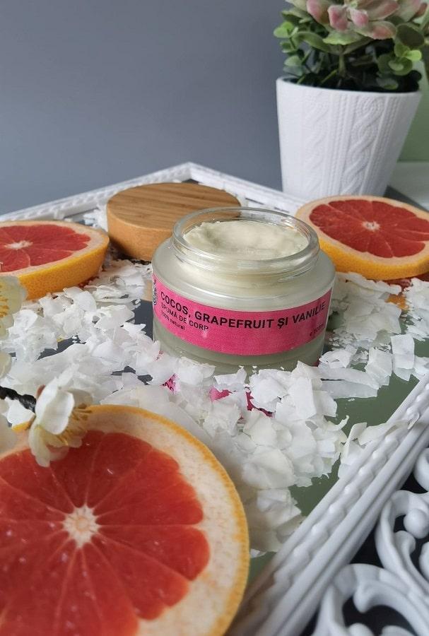 unt de corp natural cu grapefruit, cocos și vanilie