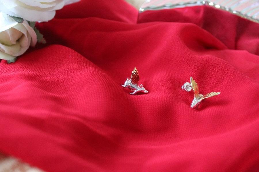 bijuterii contemporane de designer - cercei porci zburători